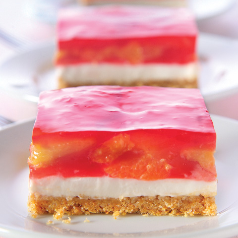 Strawberry Delight Squares Recipe