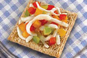 TRISCUIT® Tri-Color Pepper Cheese Melts Recipe