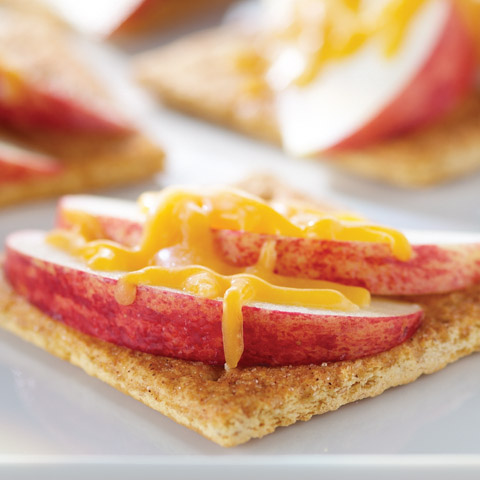 "Apple-Cheese ""Toasts"" Recipe"