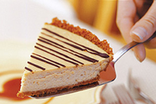 Cinnamon-Crusted Coffee Cheesecake Pie with Caramel Sauce Recipe