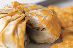 Phyllo-Wrapped Baked Brie with Mushrooms Recipe