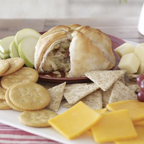 TRISCUIT Stuffed Brie Entertaining Platter Recipe