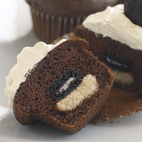 Mini OREO-Peanut Butter Surprise Cupcakes Recipe