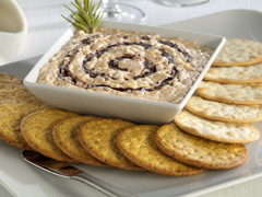 Wine-Peppercorn Swirled Cheese with NABISCO ENTERTAINMENT Water and Wheat Crackers Recipe