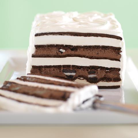 Gâteau OREO à la crème glacée et au fudge Recipe