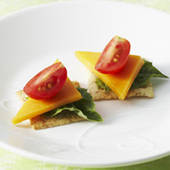 WHEAT THINS Tomato & Cheese Canapes Recipe