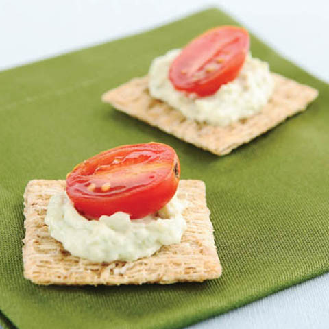 TRISCUIT Zesty Avocado Spread Recipe