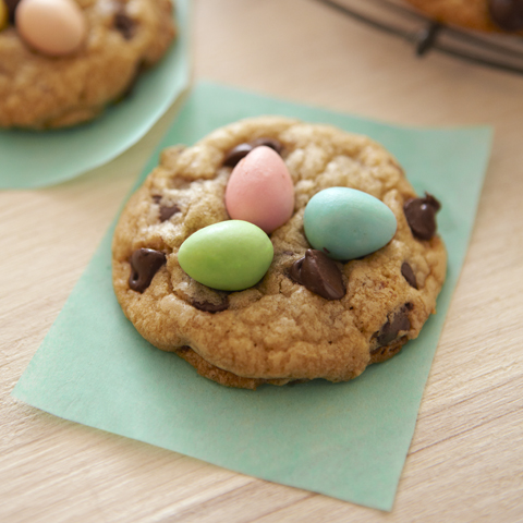 CADBURY Mini Eggs Chocolate Chip Cookies
