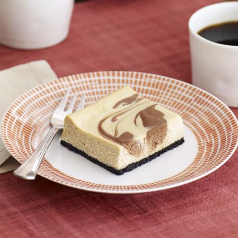 Barres OREO au gâteau au fromage, au chocolat et au cappuccino recette