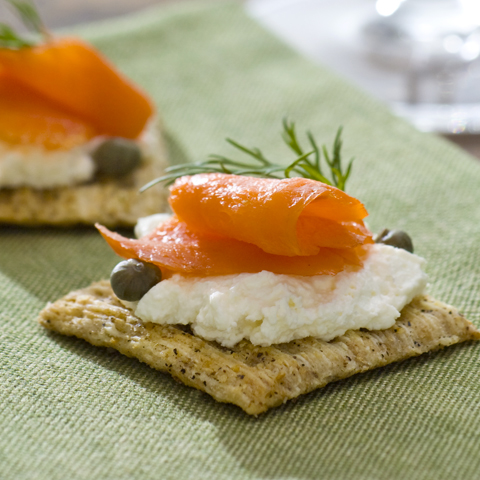 TRISCUIT Smoked Salmon & Cream Cheese Toppers Recipe