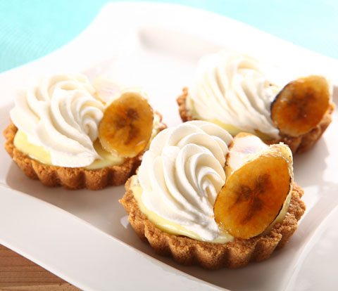 Banana Cream Tartlets made with NUTTER BUTTER Cookies Recipe