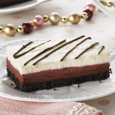 Louisiana Red Velvet Cheesecake Bars Recipe