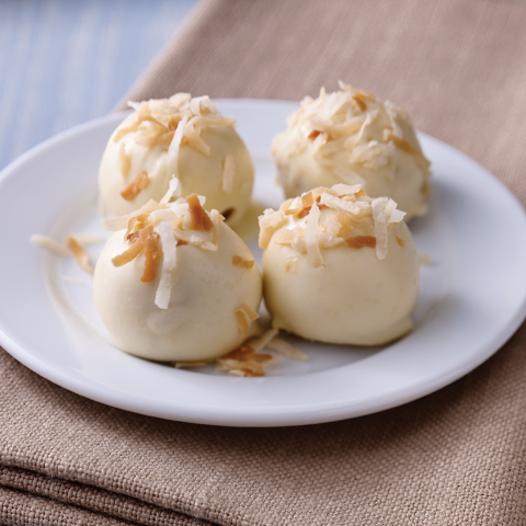 Boules de biscuits OREO dorés à la noix de coco grillée Recipe