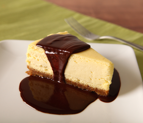 Cheesecake with Peppermint-Chocolate Sauce Recipe