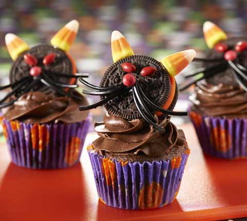 Spooky Black Cat Cupcakes Recipe