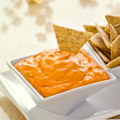 TRISCUIT Easy Roasted Red Pepper Dip Recipe