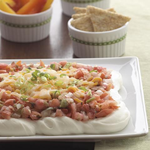 TRISCUIT avec trempette étagée au fromage à la crème et à la salsa Recipe
