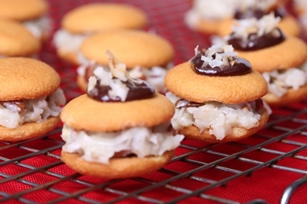 German Chocolate NILLA Sandwiches Recipe
