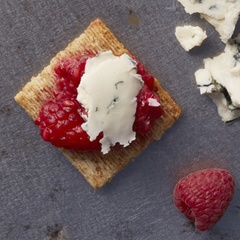 Berry & Blue TRISCUIT Toppers Recipe