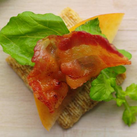 Bouchées TRISCUIT à la pêche et au bacon Recipe