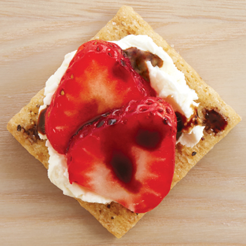 Creamy Balsamic Berry TRISCUIT Toppers Recipe