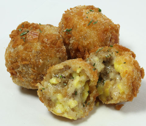 Sausage & Egg Breakfast Bites made with RITZ Crackers Recipe
