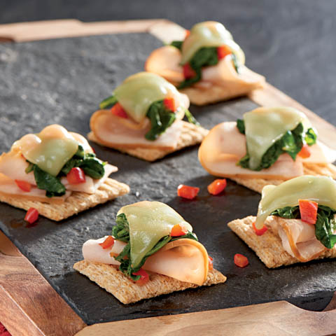 TRISCUIT Kale & Smoked Turkey Topper Recipe