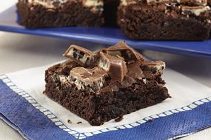 OREO Chocolate Candy Bar Brownies Recipe