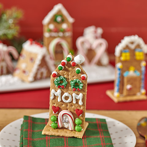 Easy HONEY MAID Holiday Houses Recipe