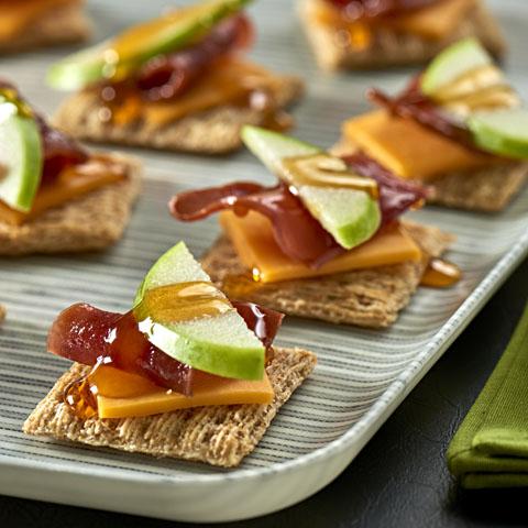 "Apple, Bacon & Cheddar ""Tarts"" Recipe"