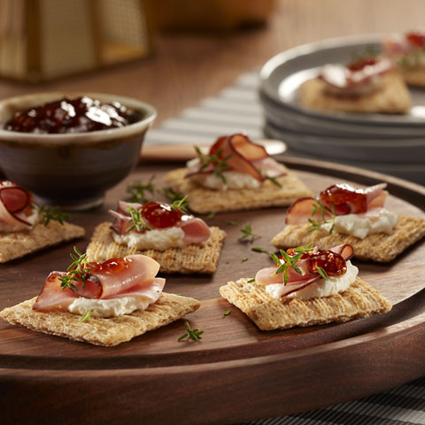 TRISCUIT Ham, Cheese & Jam Toppers Recipe