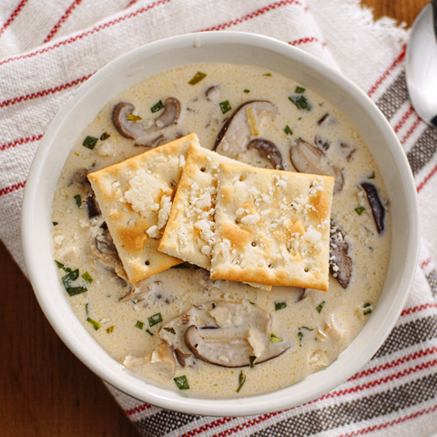 Creamy Mixed Fresh Mushroom Soup with PREMIUM PLUS Crackers