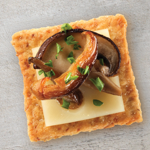 WHEAT THINS Mixed Mushroom and Swiss Toppers Recipe