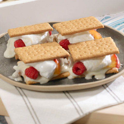 Grilled Peach Melba S'mores Recipe