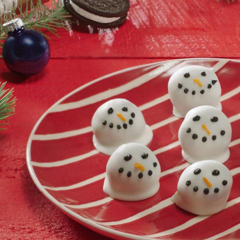 Boules de biscuits « Bonshommes de neige » OREO recette