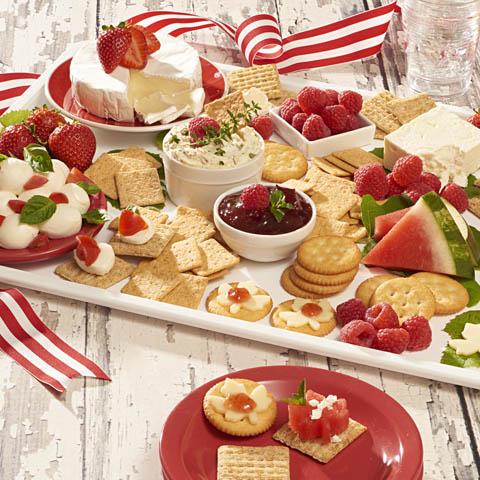 Plateau de fruits d'été et de fromages Recipe