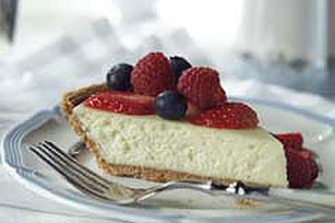 Easy Amaretto Berry Cheesecake Recipe