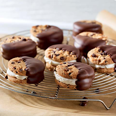 CHIPS AHOY! Cheesecake Sandwiches Recipe